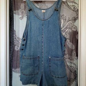 Denim Overall Shorts, M, Moda Intl